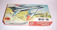 KP Plastikovy Modell MiG-19 1/72 Modellbausatz !