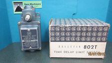 ALLEN BRADLEY Time Delay Limit Switch  802T R7TD Lever Type N/O NIB