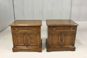 Pair Drexel  Heritage Tryon Manor Collection Nightstands #117- 630 - 2