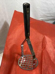 Vintage Flint Arrowhead Vanadium Stainless Steel Masher USA Black Handle