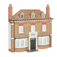 Bachmann 44-0204 OO Gauge Low Relief Cottage Hospital