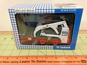 Die cast 1:25 Bobcat 773 skid loader by Wan Ho, FREE shipping