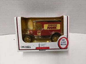 1990 ERTL 1/25 Scale Diecast 1917 Model T Bank Coin Ford Hardware Hank #7635