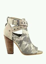 GUESS BAGENT CUTOUT STUDDED CAMO MILITARY ANKLE BOOTIES SIZE 8