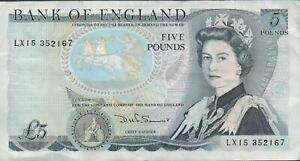 Great Britain 5 Pounds ND. 1980's  P 379c Prefix LX15 Circulated Banknote