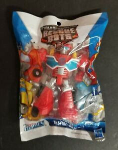 NEW NIB Playskool Heroes Transformers Rescue Bots Heatwave the Fire-Bot  HTF