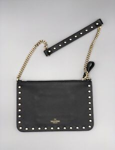 NEW Authentic VALENTINO GARAVANI rockstud flat pouch with chain