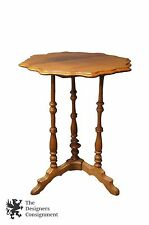 Antique Victorian Walnut Parlor Accent Table Serpentine Scalloped Top Side End