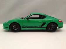 Welly Porsche Cayman S (987c) Diecast Green with Black Rims 1/18