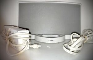 Bose SoundDock Digital Music System iPod Speaker With Cords