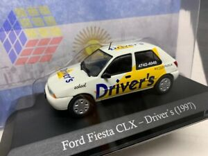 Coche Clasico Ford Fiesta CLX Drivers (Autoescuela) - Año 1997 -  (Escala 1/43)