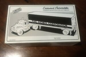 Lionel Eastwood automobilia,1/43 Diecast,B-61 MACK Tractor- trailer