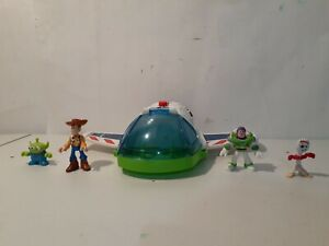Imaginext Toy Story Buzz Lightyear Space Ship w/ Buzz Woody Forky Alien Figures