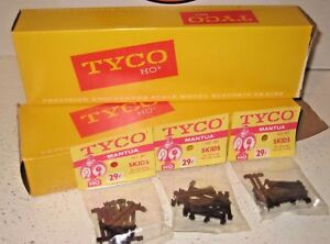 Vintage TYCO Mantua HO scale Skids for Securing Flat Car Loads No. 851 Full Box
