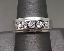 14K Men's White Gold Wedding Band With Brilliant Round Cut 1.Ct Diamond Comfort