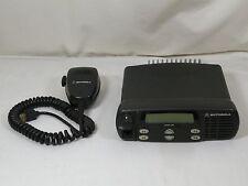MOTOROLA CDM1250, VHF, 136-174MHz TWO WAY RADIO & MIC, AAM25KKD9AA2AN WORKS FINE