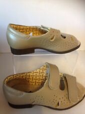 Ladies Cosyfeet Connie Sandals Beige, size 3 Extra Roomy