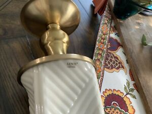 Lenox Quiozel End Table White Ceramic and Brass Lamp
