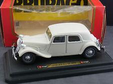 schönes Modellauto Citroen 15cv TA 1938 BBurago cod.1501