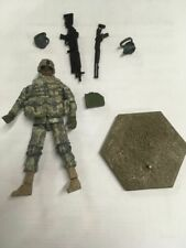 HIYA TOYS - OURWAR - 101ST AIR ASSAULT - SAW 1:18  Action Figure