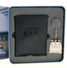 OFFICIAL MANCHESTER CITY FOOTBALL CLUB CREST EMBOSSED MONEY WALLET, KEYRING TIN