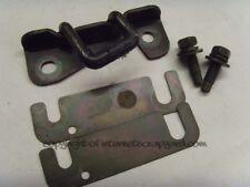 Nissan Patrol Y61 2.8 RD28 97-13 tailgate rear door lock striker pin + plates