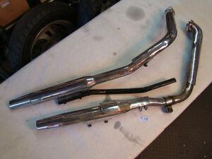 exhaust pipe muffler mount bracket Harley FXR FXRP FXRT FXRS FXLR FXRD EPS17767B
