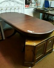 Mahogany Up to 6 Seats Oval Kitchen & Dining Tables