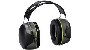 3M/Peltor Sport Ultimate Earmuff Hearing Protector Black/Gray 97042-PEL-6C