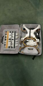 DJI Phantom 3 Professional Quadcopter with 4K Camera 3 x batteries and case