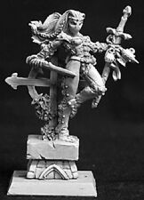 Lola Overlords Hero Reaper Miniatures Warlord Rogue Assassin Fighter Melee Sword