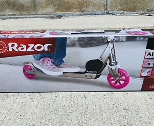 Razor Kick Scooter Pink ages 5 and up