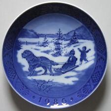 Royal Copenhagen Christmas plate 1986, Christmas Holliday