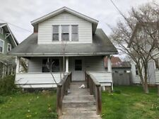 Fixer-Upper Single Family in Parkersburg WV  3 bed 2 bath 1120 sq ft