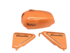 NORTON COMMANDO ROADSTER 750 ORANGE PAINTED PETROL FUEL GAS TANK+SIDE PANEL+CAP