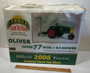 SPECCAST 1/16 2006 SUMMER FARM TOY SHOW OLIVER SUPER 77 WITH # 82 MOWER