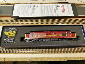 Vitrains V2073 Class 37/4 37405 in EWS OO Gauge