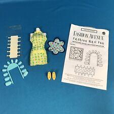 Barbie Fashion Avenue TREND CITY 1970s Look Daisy Mini Dress 4 HOLLYWOOD NAILS