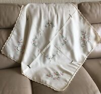 1950 Embroidered Table Cloth Vintage Retro Mid Century Cream Pink Damask Crochet