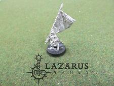 LoTR Lord of the Rings 1 unprimed metal Dwarf Command Standard Bearer