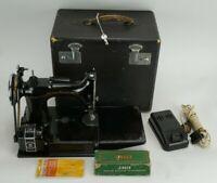 Vintage 1955 Singer Featherweight 221 Sewing Machine AE083744