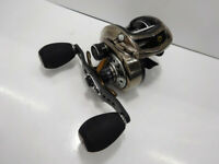Abu Garcia Bait Reel Bus 14 Revo Elite IB Rocket 9 Right Used