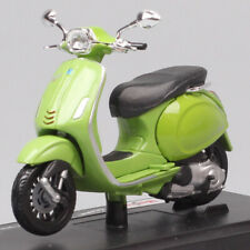 bike diecast motorcycle toy model 1/18 maisto 2017 Vespa Sprint 150 ABS scooter