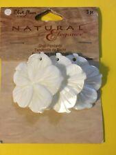 Blue Moon Beads - Natural Elegance Shell Pendants (3 pcs.) White flower