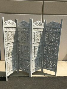 Traditional White Moorish Design Four-Panel Wooden Partition / Screen Divider