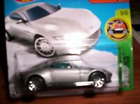 ASTON MARTIN DB 10 - HOT WHEELS-SCALA 1/55