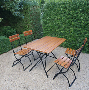 Biergartengarnitur, Metallgestelle verzinkt und schwarz, 1 Tisch, 4 Stühle