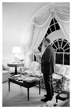 President Gerald Ford In White House Living Quarters 8x12 Silver Halide Photo