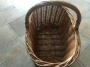 Wicker Basket for picnic or storage