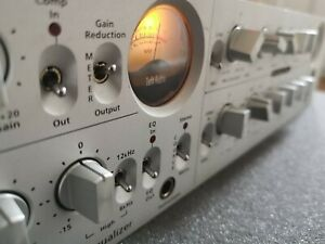 Toft Audio ATC-2 compressor / Mic Pre / Equalizer (may need service)